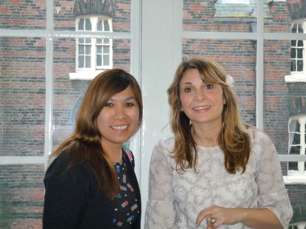 Nicky & Febe - our specialist Research Project Operations recruitment team.